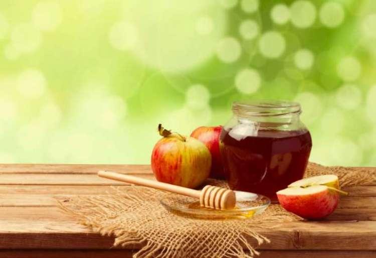 Почему мы едим яблоки с мёдом на Рош а Шана?