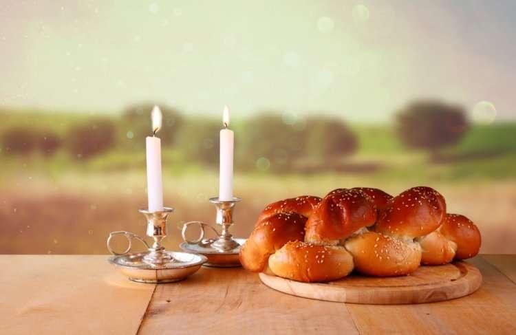 Время зажигания свечей в Шаббат, захода и выхода субботы
