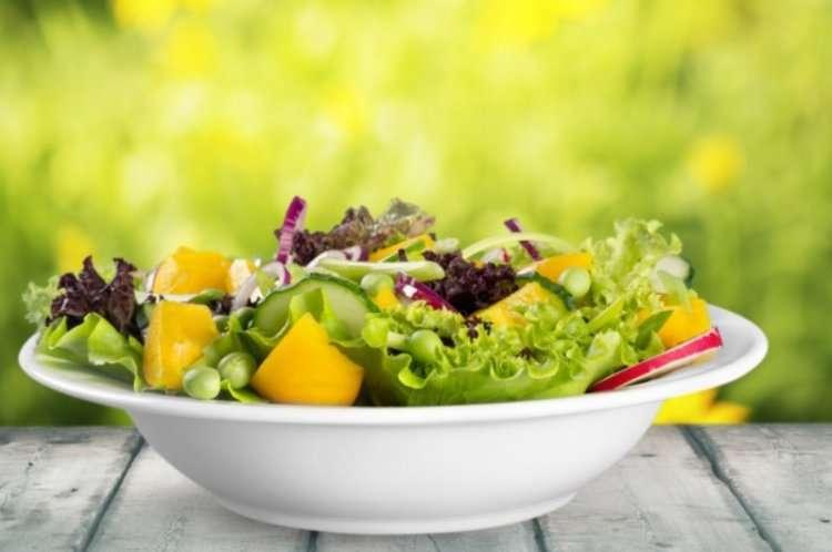 Рецепт на Ту би-Шват - Салат из хасы и персиков