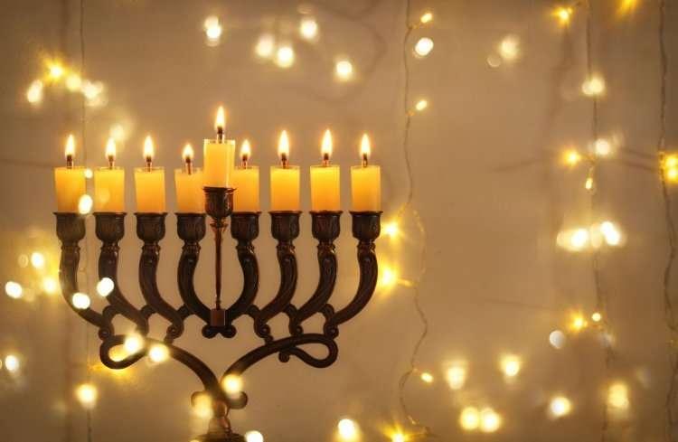 Время зажигания свечей в восьмой день Хануки 2019   Когда зажигают восьмую свечу - 29.12.19?