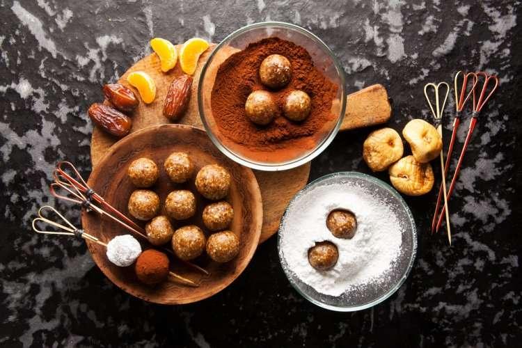 Траплес из фиников - рецепт на Ту би-Шват