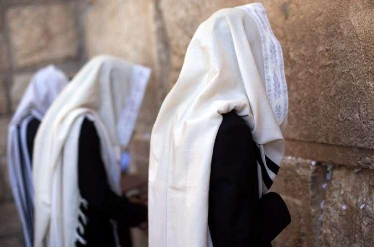 13 Икарим - 13 принципов веры иудаизма - текст на иврите, транслитерация и перевод на русский