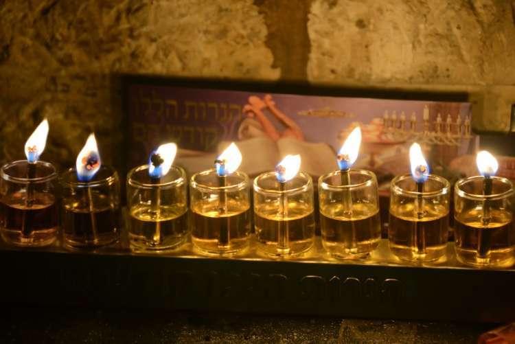 Особый смысл, сгула и сила каждой свечи Хануки